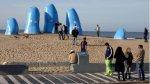Famosa mano uruguaya construida por chileno amaneció de celeste - Noticias de hinchas famosos