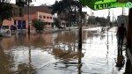 WhatsApp: aniego dejó atrapado este auto en la Av. Trapiche - Noticias de inundaciones