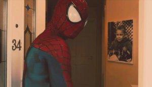 Padre elabora corto de Spiderman en memoria de su hijo [VIDEO]