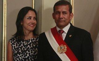 Poderes falsos vs. poderes sometidos, por Juan Paredes Castro