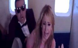 Paris Hilton sufre pesada broma a 15 mil pies de altura [VIDEO]