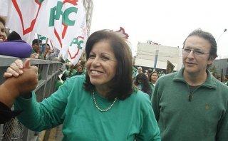 Lourdes Flores no cierra las puertas a alianza entre PPC y PPK