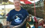 El hombre que descubre especies de tiburón en los mercados
