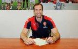 Arquero Petr Cech fichó por Arsenal tras 11 años en el Chelsea