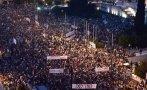 """Miles de griegos dicen """"No"""" al acuerdo con la Unión Europea"""