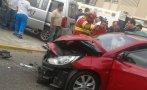 Breña: choque entre carro y van dejó cuatro heridos