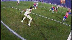 Perú vs. Chile: el palo evitó gol de Jefferson Farfán (VIDEO)