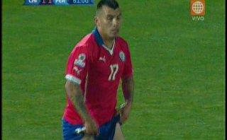 Perú vs. Chile: autogol de Medel le dio empate a la bicolor