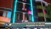 Balacera en hostal: extorsionadores atacan negocio en VES