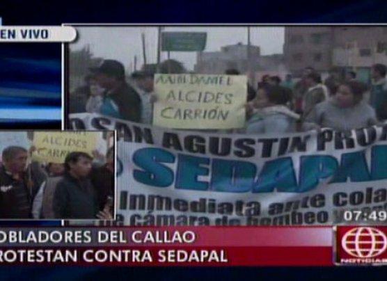 Callao: vecinos bloquearon Av. Gambetta en protesta a Sedapal