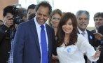 Kirchnerista Daniel Scioli lidera encuesta presidencial
