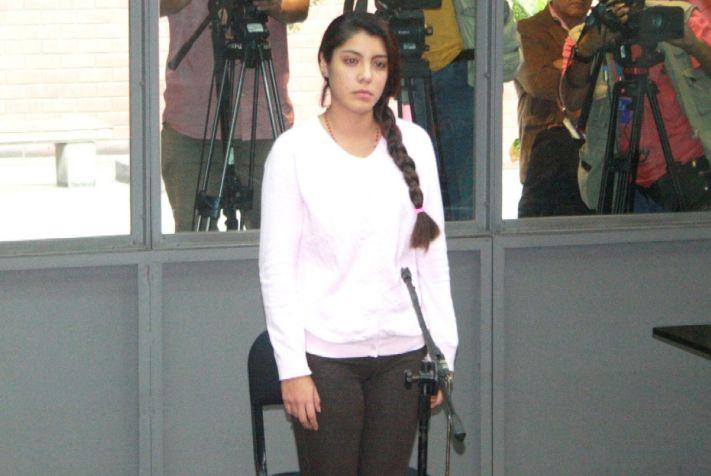Fernanda Lora Paz no respondió interrogatorio por crimen de madre adoptiva de su expareja, Marco Arenas. (Difusión)