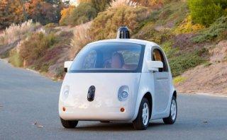 Dos autos de Google que se conducen solos casi chocan