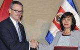 Perú y Costa Rica suscriben acuerdo para suprimir visas