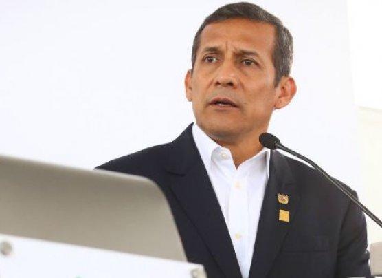 """""""Ollanta Humala perdió los papeles, olvida que es presidente"""""""