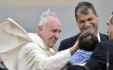 Papa pide diálogo y participación sin exclusiones en Ecuador