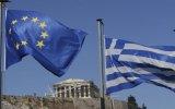 Eurozona convoca cumbre extraordinaria por referéndum en Grecia
