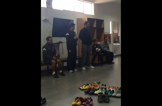 Claudio Pizarro dio charla a la selección que irá a Toronto