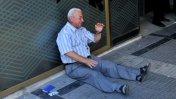 El desgarrador llanto de un jubilado que conmueve a Grecia