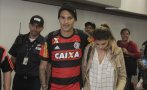 Paolo Guerrero llegó a Brasil y hoy será presentado en Flamengo