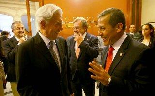 Ollanta Humala se reencontró con Vargas Llosa en sede de la RAE