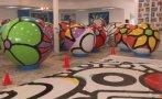 EE.UU.: Esferas de colores formarán obra de arte sobre lago