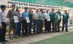 Hoja de coca: Minagri promueve conversión de 1.300 hectáreas