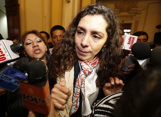 """Rocío Calderón no ha respondido nada sobre Nadine Heredia"""