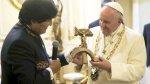 Morales le regaló al Papa un crucifijo con la hoz y el martillo - Noticias de quinua san francisco