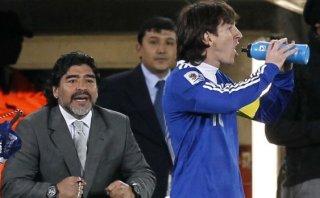 "Maradona se suma a críticas a Lionel Messi: ""Basta de mimarlo"""