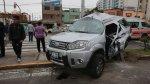 Rescatan a chofer de camioneta que chocó con bus en Av. Brasil - Noticias de accidente de bus