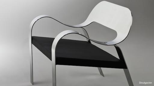 """La exposición incluye obras de diseño inspiradas en las aceras de Río, como esta butaca """"Copacabana"""" de Jaqueline Terpins. (Foto: Difusión)"""