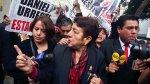 Viuda de Hugo Bustíos fue hostigada por 'portátil' de Urresti - Noticias de afiches