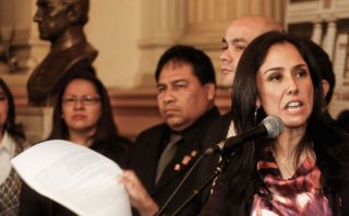 """""""Me solidarizo con Nadine Heredia, su honor ha sido afectado"""""""