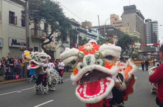 Corso de Wong: el tradicional desfile en imágenes