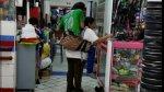 Joven cargado por madre vendedora de golosinas recibirá ayuda - Noticias de seguro integral de salud