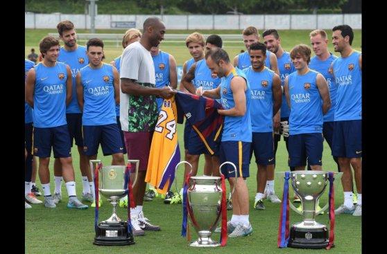 Barcelona inició gira en EE.UU. con visita de Kobe Bryant