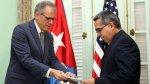 Jeffrey DeLaurentis, el hombre de Washington en La Habana, Cuba - Noticias de elian gonzalez