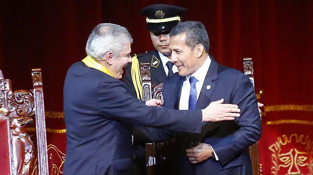 LIMA, 01 DE ENERO DEL 2014.JURAMENTACION DEL  NUEVO ALCALDE DE LIMA, LUIS CASTANEDA LOSSIO, ESTUVIERON PRESENTES EL CARDENAL JUAN LUIS CIPRIANI, EL PRESIDENTE DE LA REPUBLICA, OLLANTA HUMALA, MINISTRO DEL INTERIOR DANIEL URRESTI, Y MINISTRO DE JUSTICA DANIEL FIGALLO.FOTOS : CHRISTIAN UGARTE / EL COMERCIO