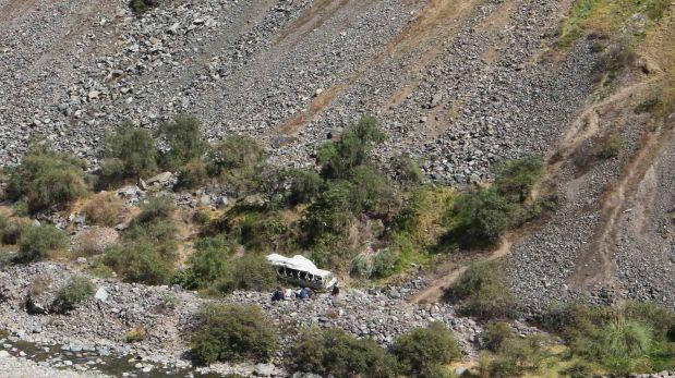 Combi cayó a abismo en Huánuco: hay 5 muertos y 6 heridos