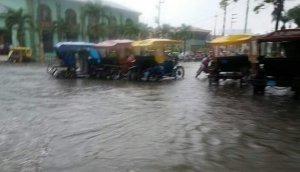 WhatsApp: intensa lluvia sorprendió en Iquitos [FOTOS]