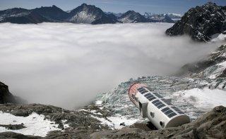 Disfruta de los Alpes en este cómodo refugio sobre las montañas