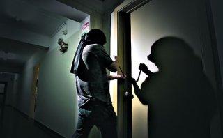 Robos a casas en feriados aumentan en 30% según la policía