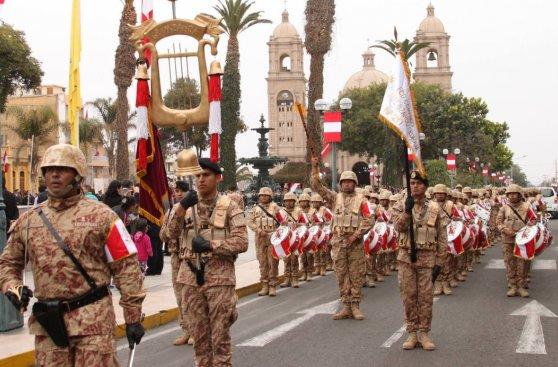 Así fue el patriótico desfile en Tacna [FOTOS]