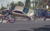 ¿Por qué no debes ver el celular cuando conduces? [VIDEO]