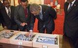 Obama conoce a Lucy, el ancestro más antiguo de la humanidad