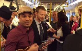 YouTube: un hombre se propuso alegrar así un viaje en tren