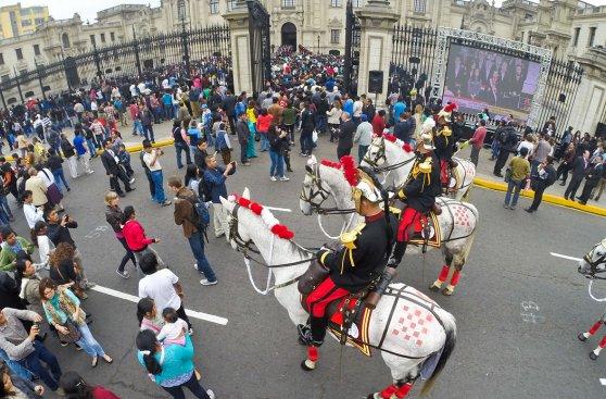 Historia de 'selfies' de ministros durante discurso de Humala