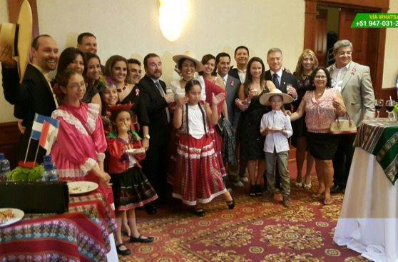 Fiestas Patrias de los peruanos que viven en Perú y el mundo
