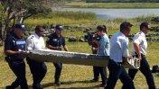 ¿Es la nave perdida? Hallan ala de avión en una isla del Índico